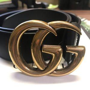 New Gucci belt. Size 85. EUC.